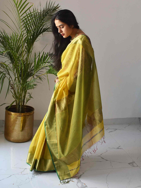 Lime-Chilly Maheshwari Silk Saree with Zari Pallu and Border
