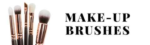 10 things to start your makeup bag off right first class beauty co makeup brushes