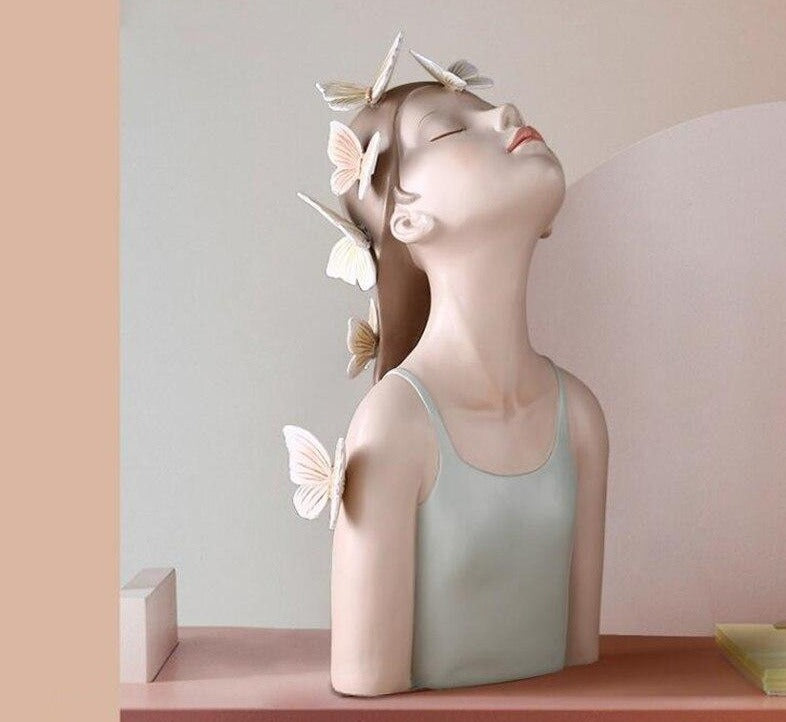 New in - Girl And Butterflies Statue - Rari Luxuries
