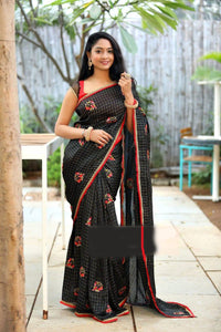 Womens Jacquard Cotton Chex Embroidered With Lace Work Saree