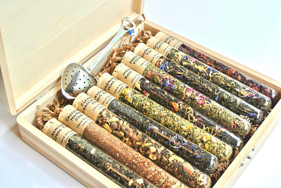 Tea Sampler Gift Set, 10 Test Tubes of Loose Leaf - NutriTeaCup