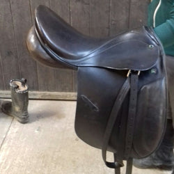 Open to offers Used Stubben Roxane Dressage saddle - Saoirse Saddlery