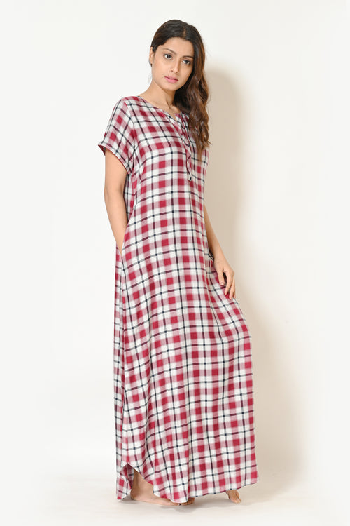 Women Maroon And Off White Checks Cotton Rayon Nighty