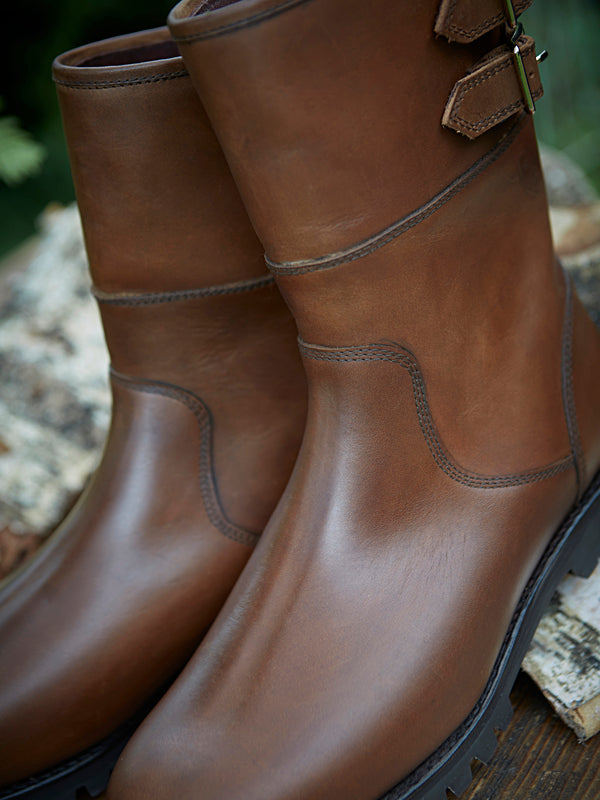 Hawk tan Country Boot - stitching detail