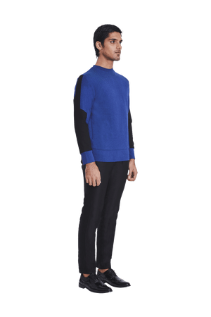 ARMOUR PATCH SLEEVE SWEATSHIRT