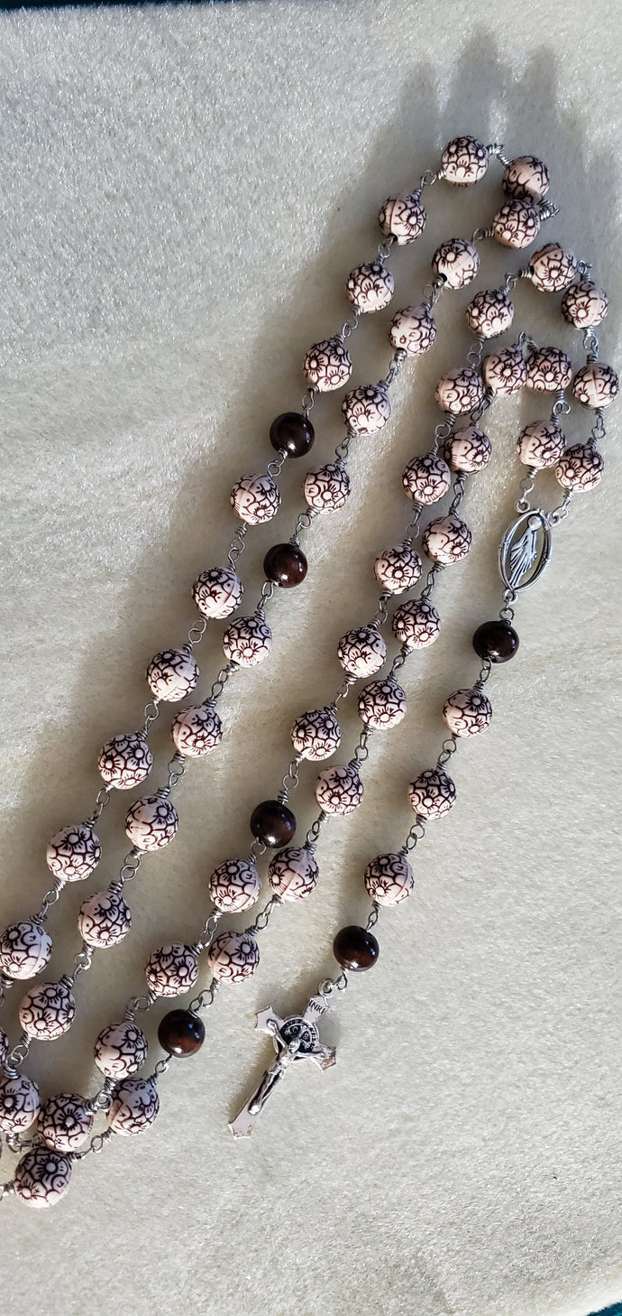 R0014 - Ornate Flower Bead Rosary