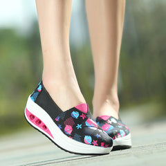 Shaking Print Women's Breathable Sneakers - Oh Yours Fashion - 1