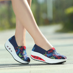Shaking Print Women's Breathable Sneakers - Oh Yours Fashion - 12