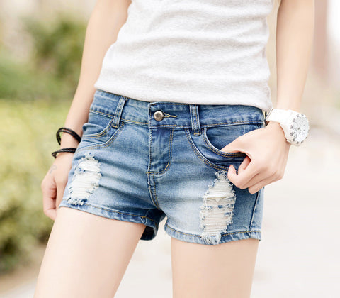 Ripped Hole Brief Low Waist Fashion Shorts
