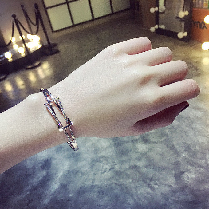 Simple Fashion Crystal Geometric Shape Women's Bracelet - Oh Yours Fashion - 1
