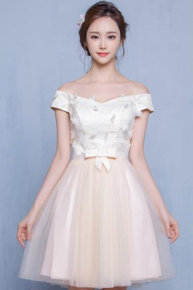Off Shoulder Flowers Tulle Short Pleated Prom Party Bridesmaid Dress