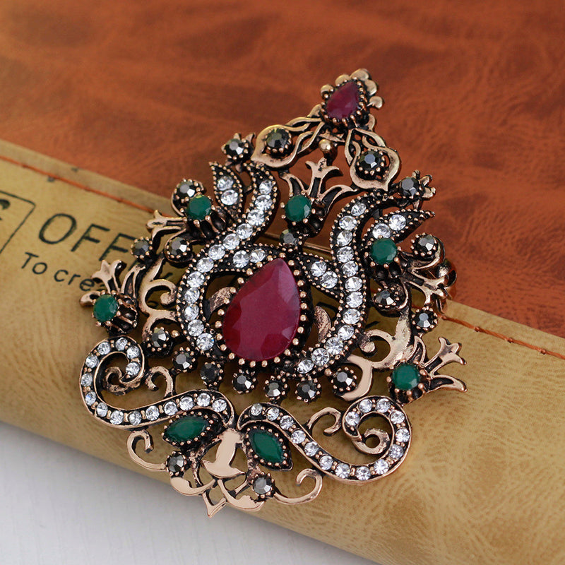 High-grade Diamond Crown Brooch - Oh Yours Fashion - 5