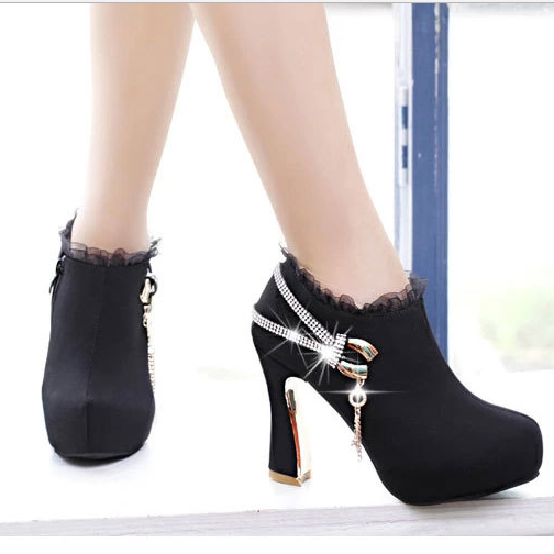 High Chunky Heel Lace Side Zippers Boots - Oh Yours Fashion - 1