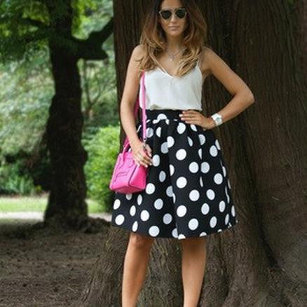 Black And White Dots Print A-line Middle Skirt - Oh Yours Fashion - 1