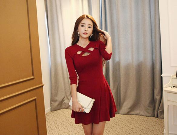 Hollow Out 3/4 Sleeve Bodycon Pleated Dress - MeetYoursFashion - 3