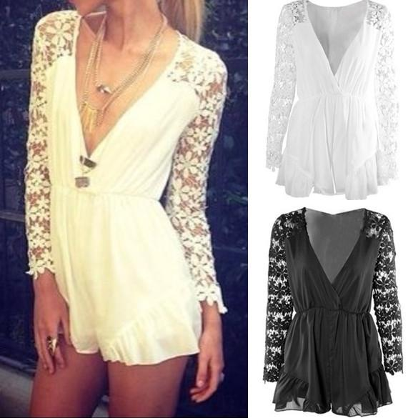 V-neck Long Sleeves Lace Chiffon Short Jumpsuits - MeetYoursFashion - 1