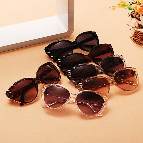 Classic Retro Women Vintage Style Sunglasses - Oh Yours Fashion - 1