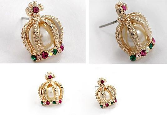 Crown Shape Colorful Rhinestone Stud Earrings - MeetYoursFashion - 2