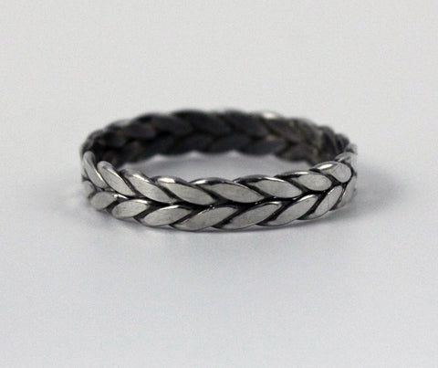 02/10 Braided Ring