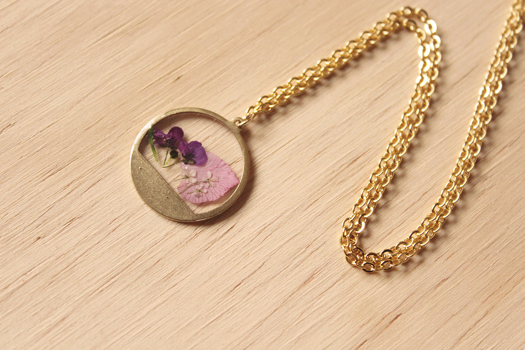 Larkspur & Alyssum Mini Necklace