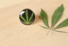 Load image into Gallery viewer, Maryjane Leaf Stainless Steel Ring