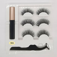 Load image into Gallery viewer, 3 Pair Of False Eyelashes