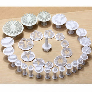 33Pcs/Set Sugarcraft Cake Decorating Fondant Plunger Cutters
