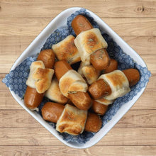 Load image into Gallery viewer, Vegan Mini Hot Dogs 200g - VeganBox