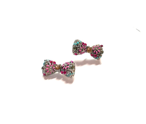 Beautiful Bow Knob Earrings
