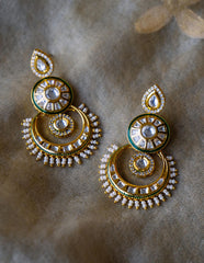 Kundan Pearl Spokes Chaand Earrings