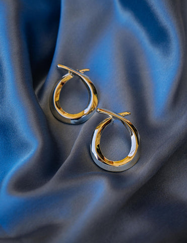 Gold Tear Knot Studs