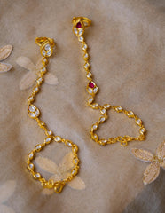White Kundan Tear Drop Hand chain