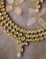 Hint of Green Kundan Oval Set