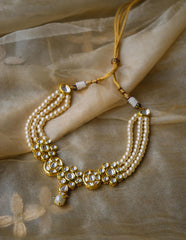 Kundan Pearl Close Neck Set