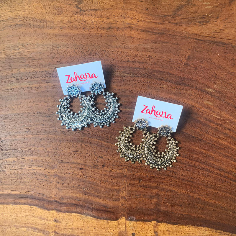 Rustic Dot Chaand Earrings