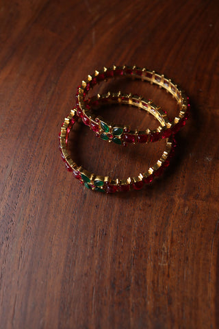 Square Ruby Green flower Bangles