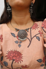 Rustic Kada Pendant With Earrings