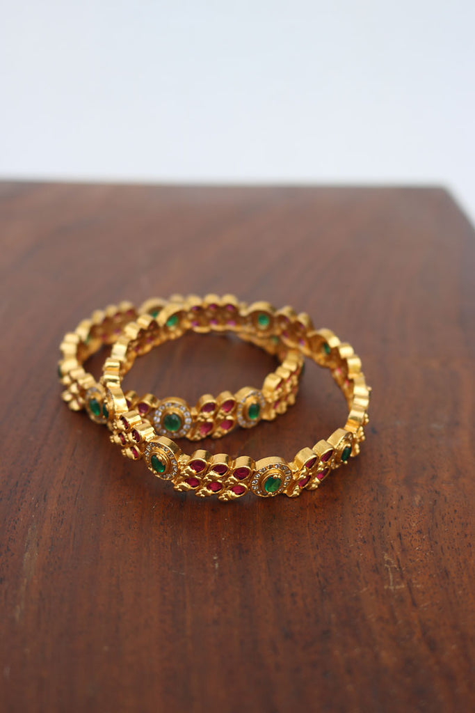 Ruby Oval Green Set of 2 Bangles