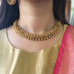 Gold Cluster Ghungroo Necklace