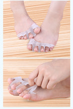 Load image into Gallery viewer, 1 Pair Gel Bunion Toe Separator Hallux Valgus Corrector Orthotics Feet Care Bone Thumb Adjuster Correction Random Color