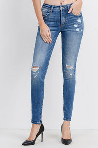 Destroyed Skinny with Detail Wash (Color Medium - Front View 2)