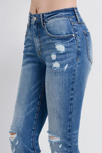 Destroyed Skinny with Detail Wash (Color Medium - Side Detail View)
