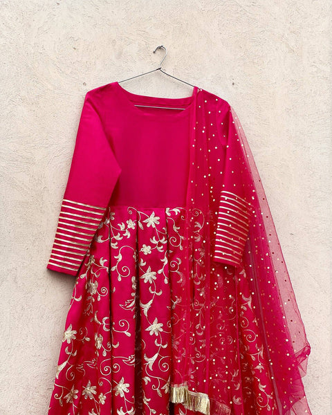 Gul Bahar Embroidered Pishwas