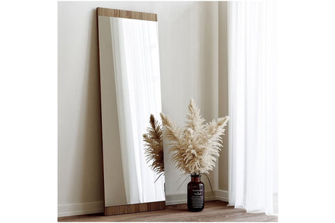 Neostill Mirror, Walnut