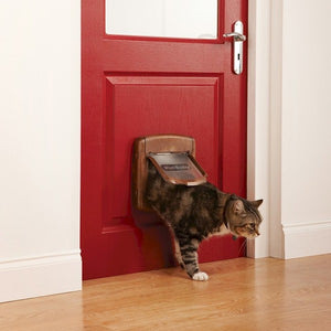 Staywell® Magnetic 4-Way Locking Deluxe Cat Flap