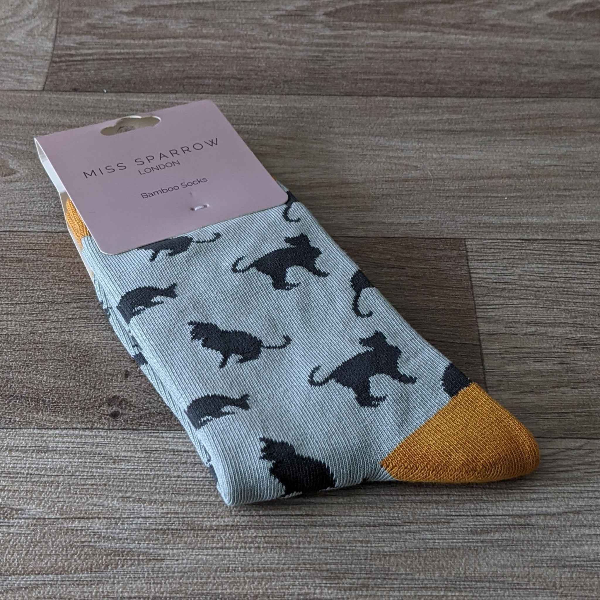 LADIES SOCKS (DUCK EGG CAT)