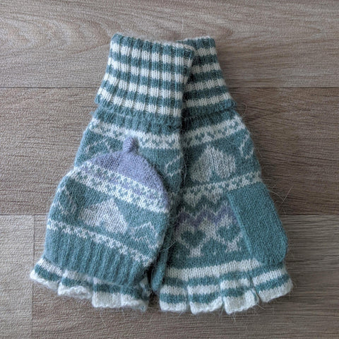 FINGERLESS FAIR ISLE GLOVES (GREEN)