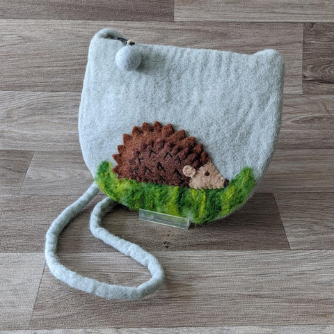 FELTED HEDGEHOG POUCH BAG