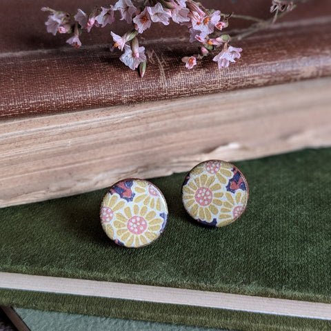 CERAMIC STUD EARRINGS (YELLOW FLORAL)
