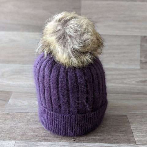 BOBBLE HAT (PURPLE)